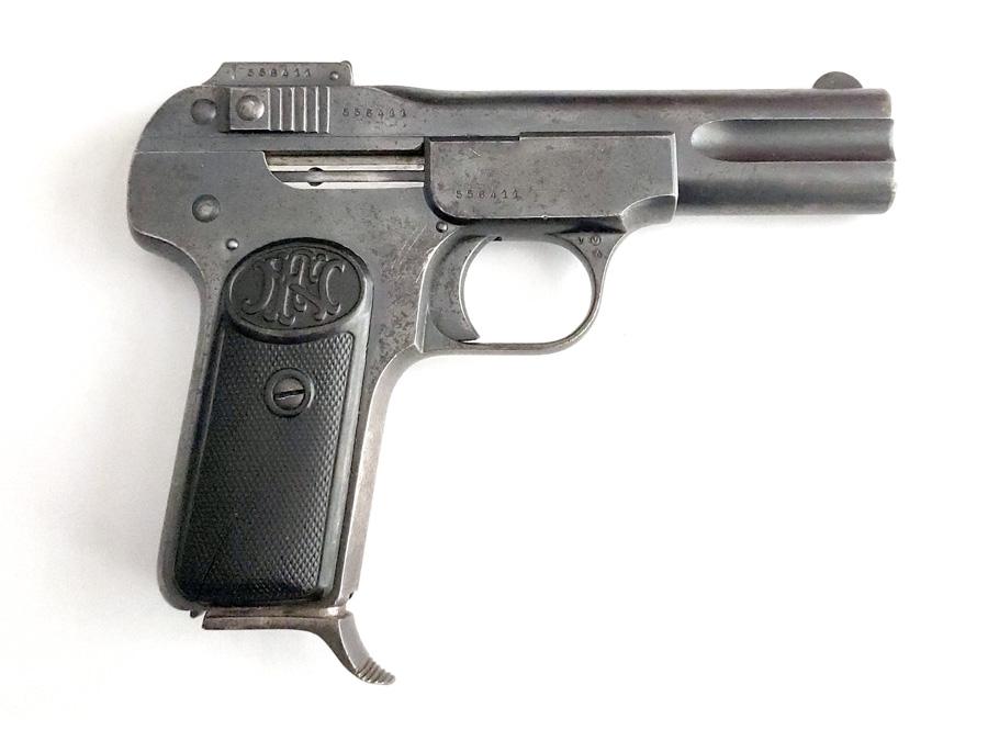 "<abbr title=""Fabrique Nationale d'Armes de Guerre"">FN</abbr> Browning Mod. 1900"
