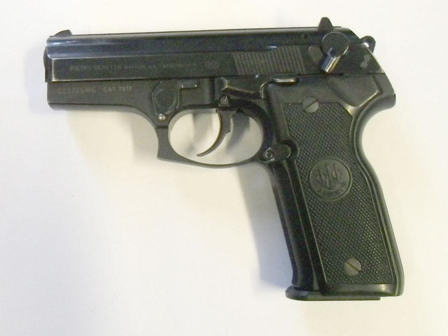 Beretta 8040